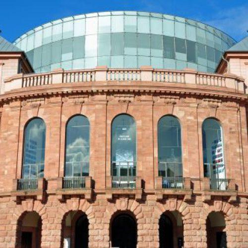 Staatstheater mit neuer Quote für Land und Stadt