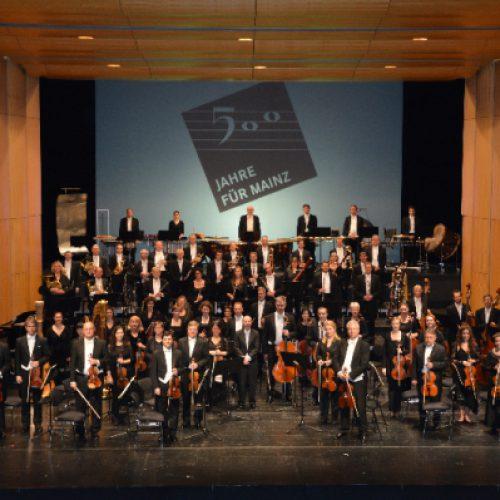 Auszeichnung des Staatsorchesters für Programm 2018/2019