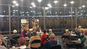 Theater-Talk mit Ina Karr und Jörg Vorhaben